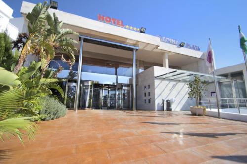05-mojacar-hotel-marina-playa-entrada-hotel-01