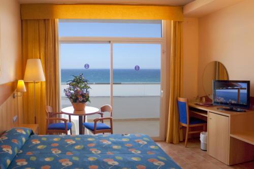 06-mojacar-hotel-marina-playa-habitacion-doble-01