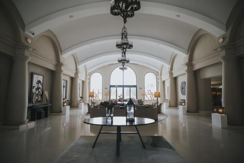 Hall - Hotel 2